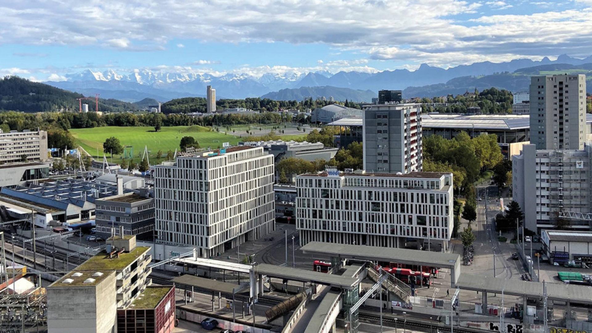 Beleuchtung_referenz_objekt_Spots_SUNNY_Neubau_Wankdorf_City_II_Trio_Bern_perdix